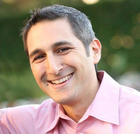 Social Expert: David DeAngelo aka Eben Pagan